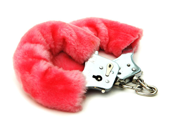 FurryHandcuffs_060809