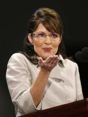 sarah-palin-blows-kiss